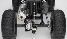 Bras oscillant de type essieu fermé, intégré pour une rigidité optimisée, une robustesse et une durabilité améliorées et une excellente maniabilité.